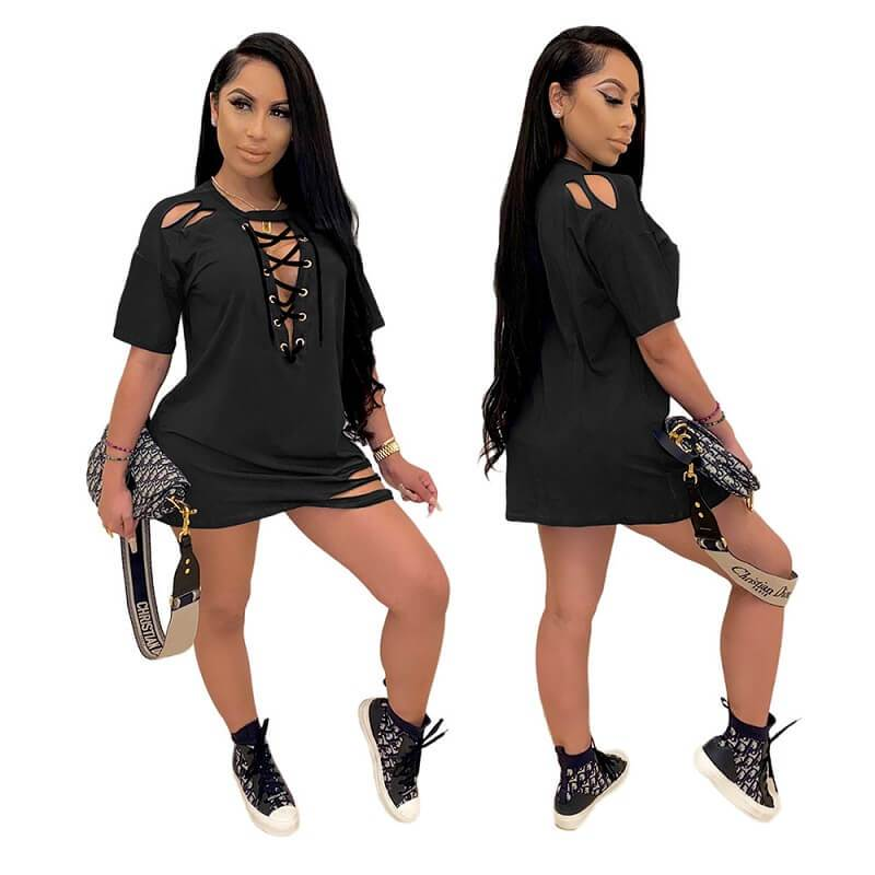 Loose Dress with Lace-up Holes - black color