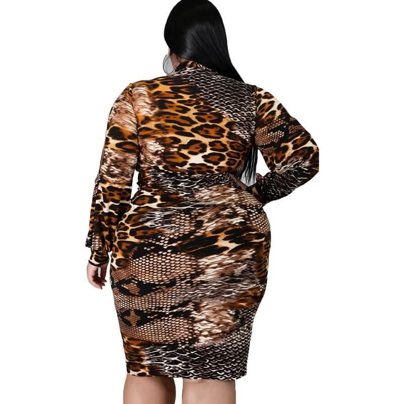 Large Size Snake Print Stitching Dress - snake pattern back