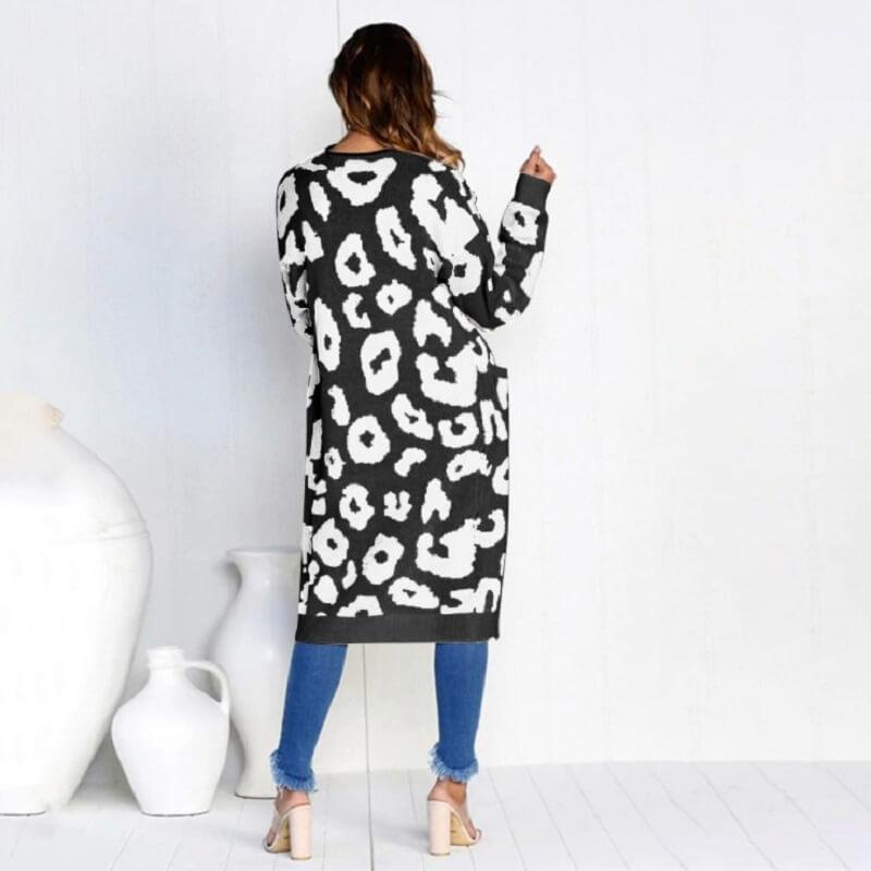 Plus Size Leopard Sweater - black color
