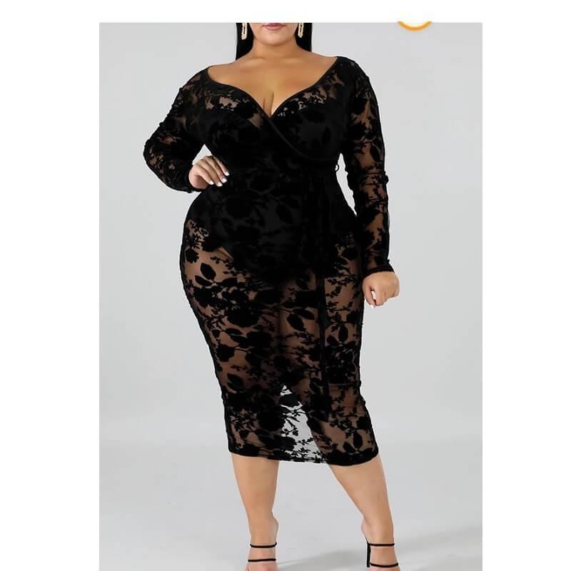Black Plus Maxi Dress - black detail image