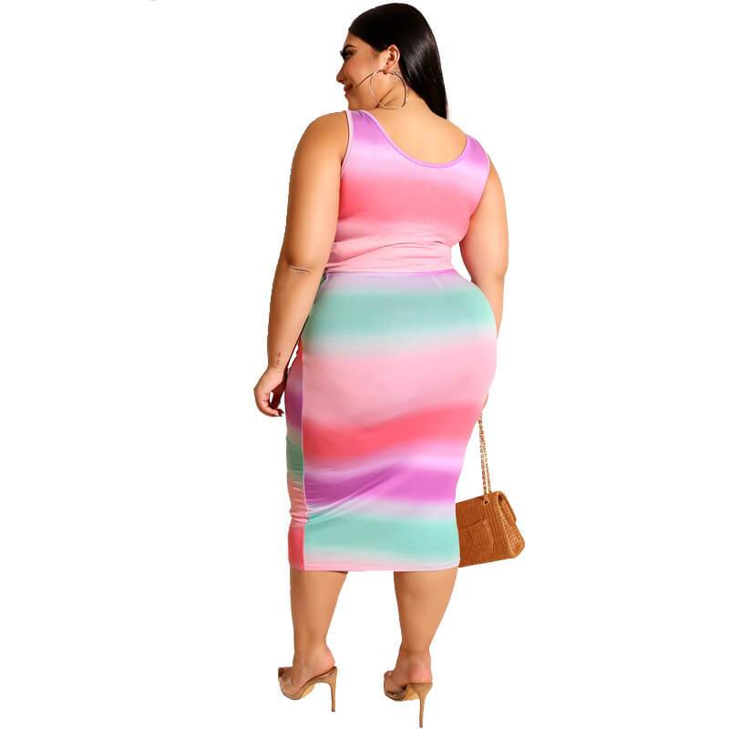 Plus Size Printed Square Two Piece Set - pink back