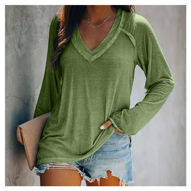 Plus Size White V Neck T Shirt - green color