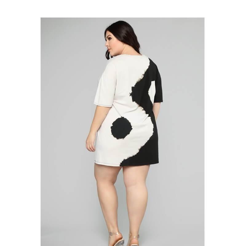 Black And White Dresses - black back