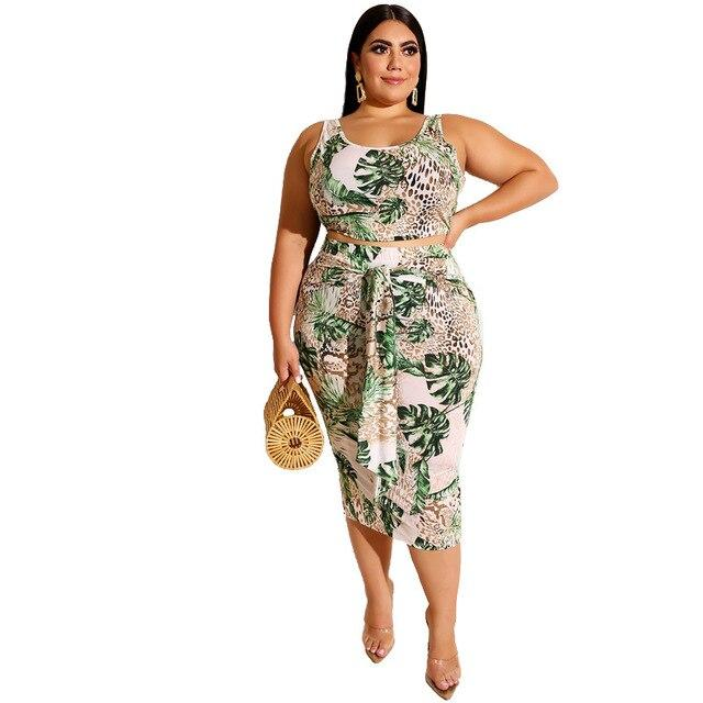 Plus Size Printed Square Two Piece Set - green color
