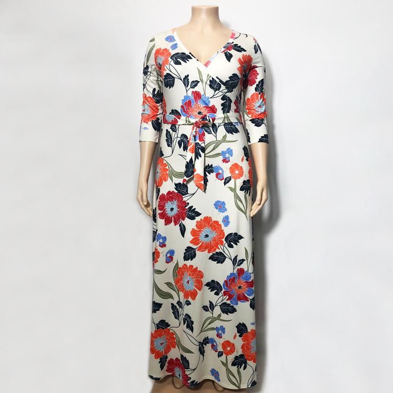 Lavender Plus Size Dress - beigre model picture