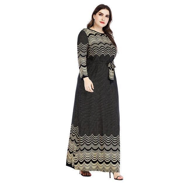 Plus Size Sheath Dress - black color