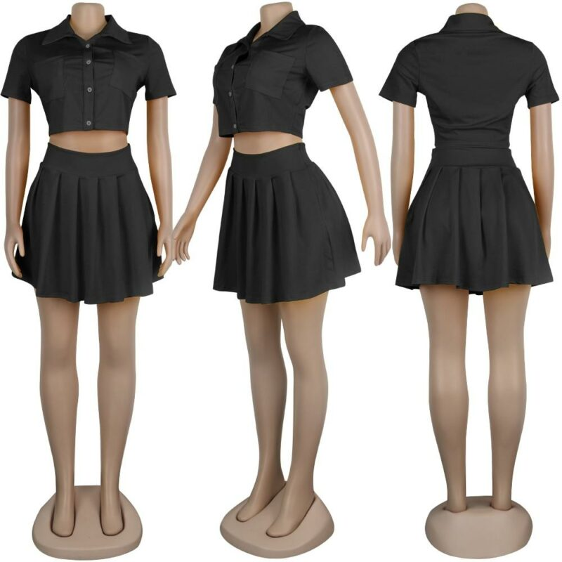 Crop Top and Skirt Set - black model picture