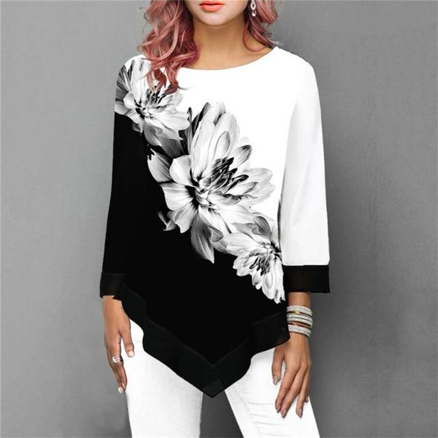 Plus Size Oversized T Shirt - floral black color