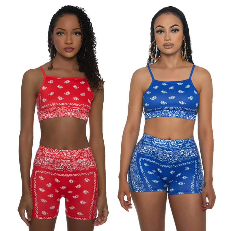 two piece sets shorts and top-model front view